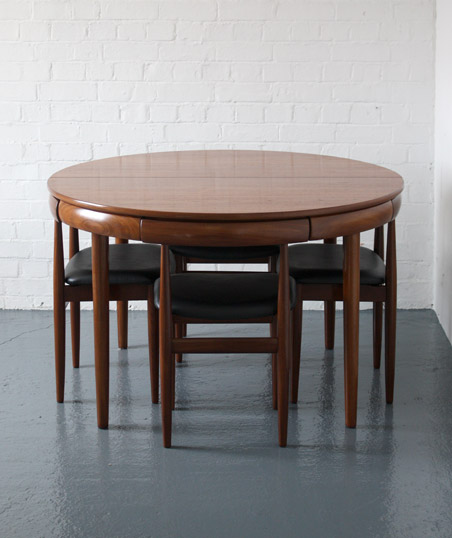 Attractive Dining Table And Chairs By Hans Olsen For Frem Rojle