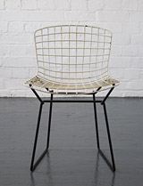 Bertoia child's chair for Knoll