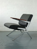 Axis chair by Robin Day